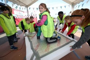 Dare to Be Different hovercraft building